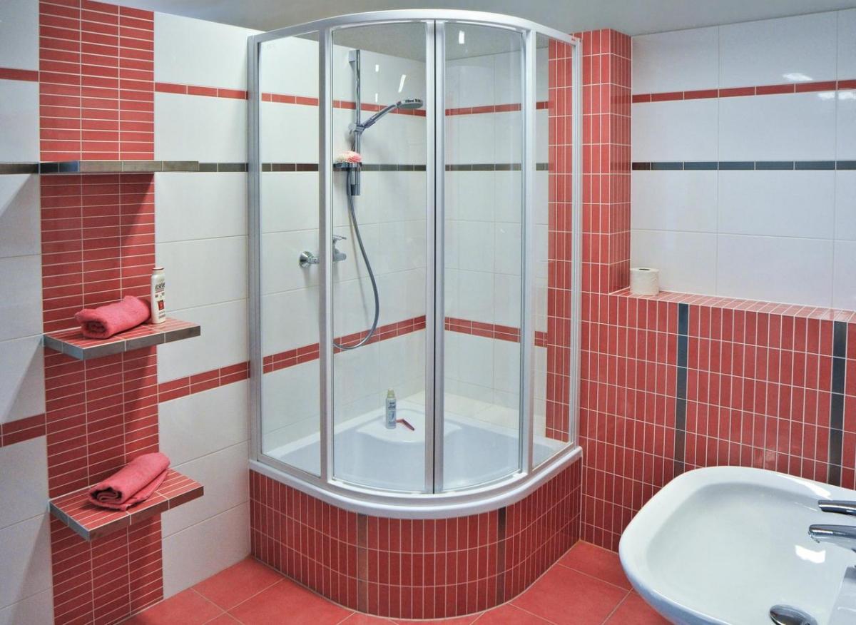 Душевая кабина с ванной своими руками фото