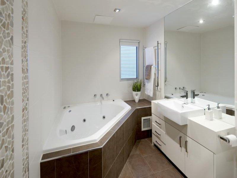 Фото ванная комната с окном Quot Ваннаправда ру